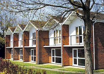 Waterside-Park-Holiday-Lodges-Bungalows-villas-in-Corton-Suffolk